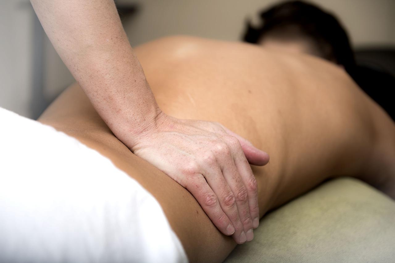 Лечебный миофасциальный массаж